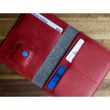 FIXED Leather wallet Smile Passport with smart tracker Smile PRO  passport size, red